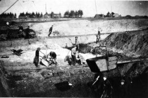 H-22._Langelund__Brunkulsgravning_1942.