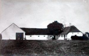 """Tværgade 13 i Hammerum """"Tangsøhus"""", Her havde Chr. Lindholt et Bryggeri"""
